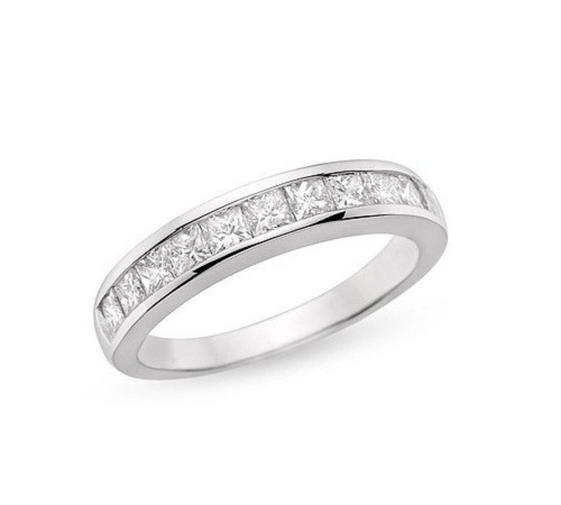 evelyn_channel_set_diamond_wedding_ring_1.jpg