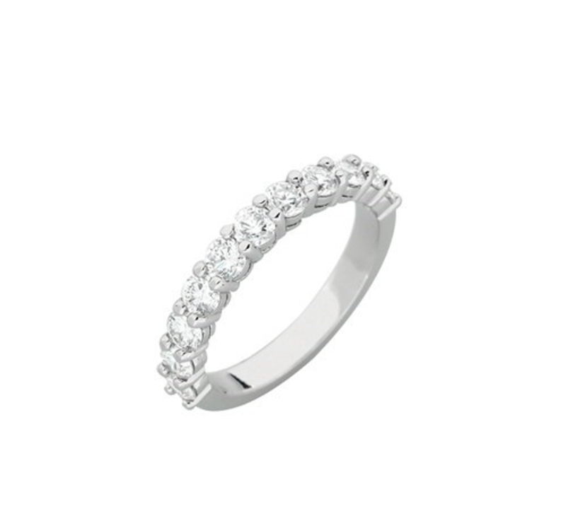 melody_shared_claw_diamond_wedding_ring_1.jpg