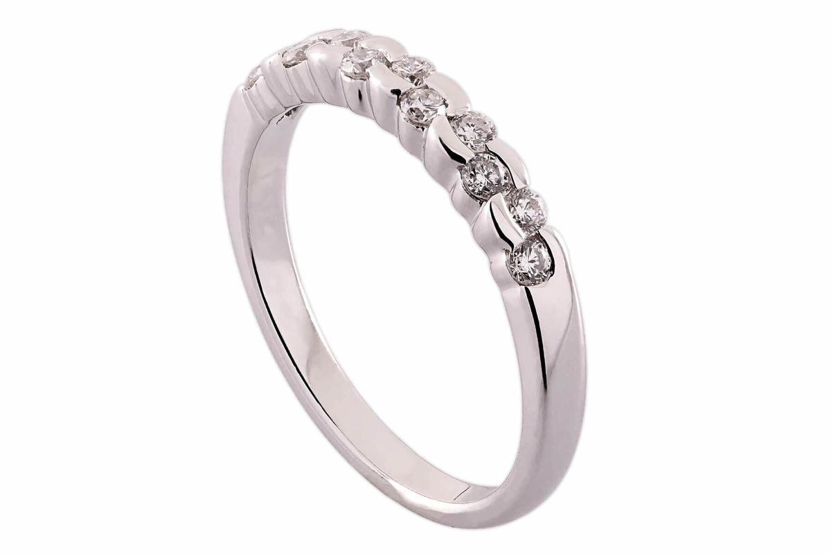 tok_jewellers_bethany_18k_white_gold_semi_bezel_set_diamond_wedding_ring.jpg